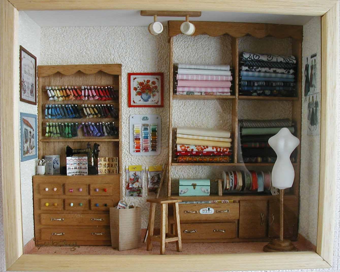 vitrines. Black Bedroom Furniture Sets. Home Design Ideas